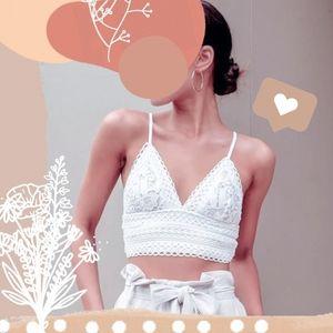 🌺🌺🌺 WHITE FREESIZE croptop  lace